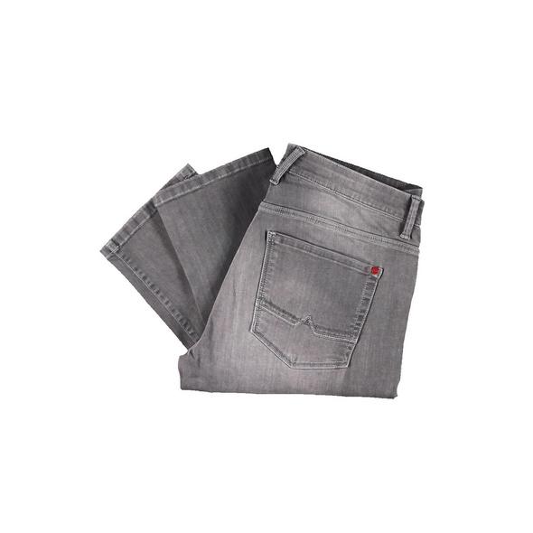 Jeans mit coolen Knittereffekten