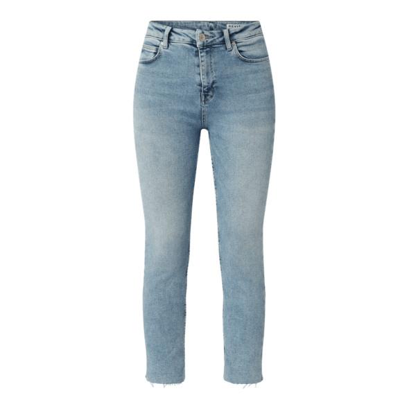 Straight Fit Jeans mit Stretch-Anteil